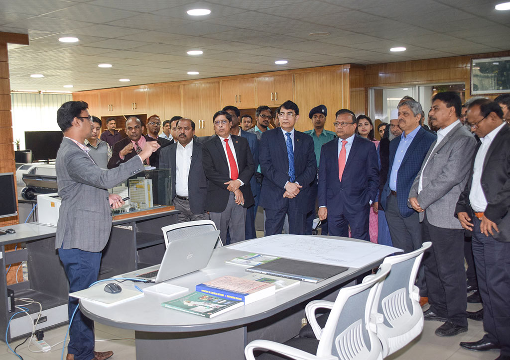 Hon'ble Minister of LGRD&C visited at LGED HQ on 10/01/2019.